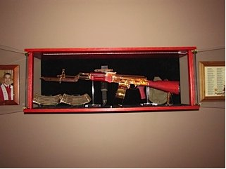 For Added Security, Your Amish Custom Crafted Gun Wall Display Cabinet Can  Be Crafted With Unpickable Locks And Smashproof Polycarbonate For Ultimate  Theft ...