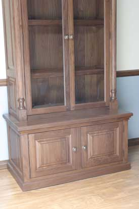 Locally Amish Custom Made Gun Cabinet Safe Close Up of Bottom