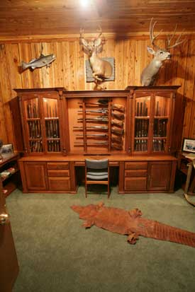 Woodloft Com Amish Custom Made Gun Cabinets And Safes
