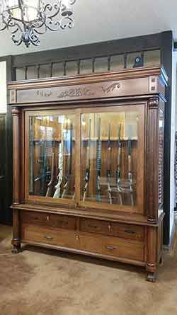 Merveilleux Full View Of Custom Antique Reporduction Gun Cabinet