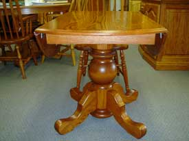 Oak Drop Leaf table with drops down