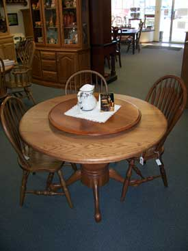Oak Kitchen Table with Fluted pedestal